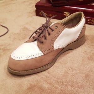 ETONIC mens gortex dri-lite spikeless golf shoes